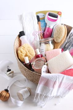 Create a Pamper Yourself gift basket for your friends, sisters, mom and teachers. Gather your favorite at home spa items. Create a Pamper Yourself gift basket for your friends, sisters, mom and teachers. Gather your favorite at home spa items. Mothers Day Baskets, Gift Baskets For Women, Mother's Day Gift Baskets, Holiday Gift Baskets, Holiday Gifts, Gift Hampers, Christmas Gifts, Xmas, Spa Day Gifts
