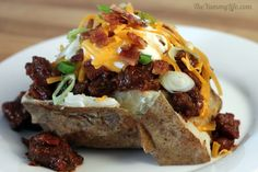 Slow Cooker Baked Potatoes (I'm thinking I'll be trying this in the not to far future!!