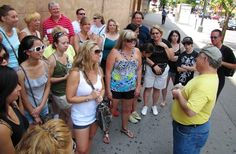 Go on Walking Tours : here are plenty of guided ways to explore the city for free. If you want to get a local perspective, you can sign up for a tour with Big Apple Greeter. Since 1992, the company has paired visitors with locals to show them around various boroughs and institutions throughout the city. The program is made up of more than 300 volunteers who take on about 7,000 visitors each year. You can also opt for the Crossroads of New York Walking Tour, a 90-minute journey to learn more…
