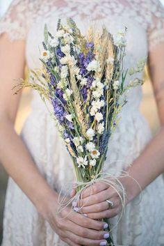Stunning Alternative Summer Wedding Bouquets ❤ See more: http://www.weddingforward.com/stunning-alternative-summer-wedding-bouquets/ #wedding #bride