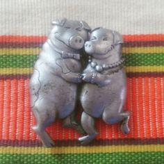 Happy Dancing Pig Pin Metal or Peter IDK by EmilysCraftys on Etsy. www.etsy.com/listing/248227096
