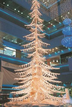 This #Christmas tree is another example of what can be done with festival lighting.