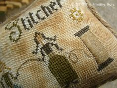 LOOK at all of these wonderful PRIMITIVE cross stitch FREEBIES! <3