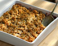 Apple&BerryCrumble organic sis dish Organic Recipes, Clean Recipes, Whole Food Recipes, Paleo Recipes, Berry Crumble, Sugar Free Sweets, Sweet September, Savory Snacks, Biscuit Recipe
