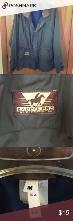 💖Saddle Pro Riding Jacket Sz. M💖 Excellent condition. Professional riding wear. Army green, blue lining, brown leather collar. Flap lifts in the back to go over your saddle. 2 diagonal chest pockets, plus two square pockets at the bottom front of the jacket. Zipper, plus snap buttons, and Velcro at the wrists allows you to tighten the sleeves. Ships within 1 business day! Saddle Pro Jackets & Coats