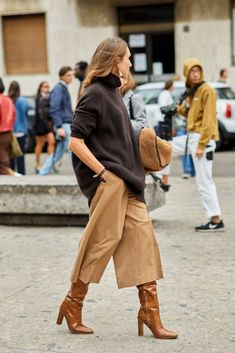 Smart Casual Winter Outfits, Winter Outfits Women, Winter Fashion Outfits, Casual Street Style, Street Style Women, Safari Outfit Women, Smart Outfit, Urban Outfits, Milan