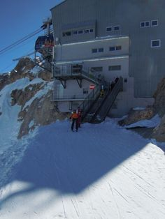 On the top of the Marmolada, the queen of the Dolomites. Read to start skiing.
