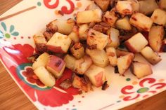 A couple weeks ago, I posted one of our favorite breakfast/brunch dishes: my French Toast Bread Pudding. Along with that I usually like to serve a healthier potato hash – made with fresh herb…