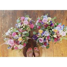 Bridesmaids bouquets colourful/fresh/country garden