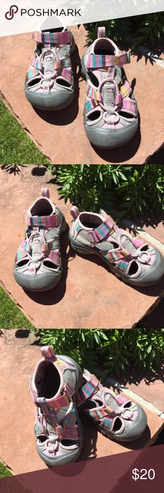 b1cbe70d7d6 Kids keen pastel stripe waterproof sandals shoes Kids keen pastel stripe  waterproof sandals shoes preloved condition