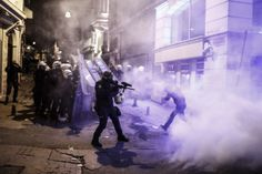 Istanbul Protests / Walking with Berkin Elvan on Behance | Photography | Protest | Protestos | Nice | Shot | Picture | Capture | War | Conflito |
