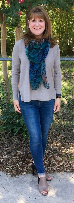 STYLE SAVVY DFW--CLOTHING STYLES FOR WOMEN OVER 50----
