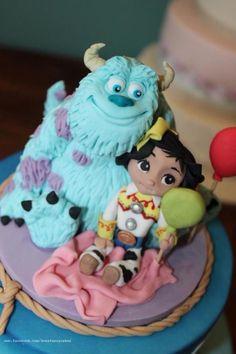 Disney birthday cake by Zoe's Fancy Cakes