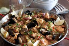 Spanish Paella - perfect 1 pot meal for the night before #thanksgiving