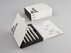 Pen packaging by Be pure. Cool Packaging, Brand Packaging, Design Packaging, Product Packaging, Packaging Ideas, Pen Design, Book Design, Medicine Packaging, Art Graphique