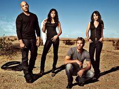 Fast and Furious cast: Vin Diesel/Walker/Rodriguez/Brewster Fast And Furious Cast, Furious Movie, The Furious, Vin Diesel, Fast Five, Michelle Rodriguez, Farid Bang, Movie Stars, Movie Tv