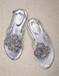 Corsage Sandals perfect footwear to wear with my tunics for a lazy lunch beachside. #boden