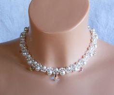 Swarovski Kristall Braut Halskette,Perle Braut Halskette,Kristall Hochzeit Schmuck  Gemacht mit Swarovski-Perlen,Swarovski kristall,Glasperlen und japanischen Rocailles.  Perlen sind Farbe weiß.