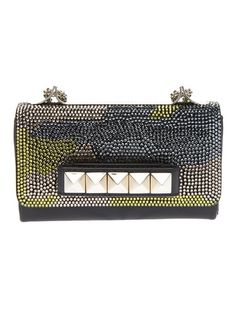 You're in our clutches now. Shop our selection of designer clutch bags. From Saint Laurent to Bottega Veneta, enjoy express delivery at Farfetch. Designer Clutch, Designer Bags, Clutches For Women, Handbags Online, Valentino Garavani, Bottega Veneta, Purses, Crystals, Leather