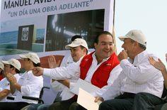 El gobernador Javier Duarte de Ochoa asistió a la Inauguración de la rehabilitación del Boulevard Manuel Ávila Camacho.