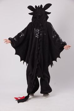 Toothless kigurumi NEW VERSION by yotsubanoclover on Etsy £155 large / extra large