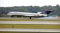 Photo of N292WA - Boeing 727-247(Adv) - Delta Air Lines