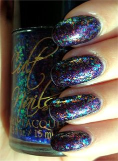Mardi gras nails | More awesome nails here --> http://www.pinterest.com/thevioletvixen/bold-nails/
