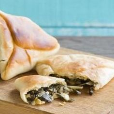 Fatayer, Organic Recipes, Ethnic Recipes, Spanakopita, Saveur, 17 Mai, France, Bio, Instagram