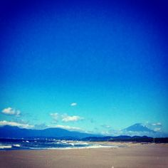 夏富士。 Mt.Fuji sea sky chigasaki