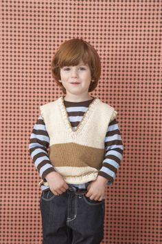 Basic boys vest knitting pattern. Should be able to size up for my boys and I reckon I could knit this :)