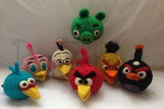 Red Angry Bird, Angry Birds, Wet Felting, Needle Felting, Fiber Art, Arts And Crafts, Christmas Ornaments, Holiday Decor, Crochet