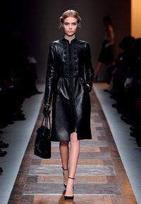 Valentino Ready to wear. Discover the Spring/Summer 2012 Collection, skórzane płaszcze, piękne