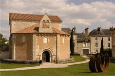 #Merovingian - a precursor to the Carolingian style - thought to be the earliest Christian building in France still in existence - Le baptistère Saint-Jean à Poitiers : IVe siècle - The central part of the building was constructed around 360AD