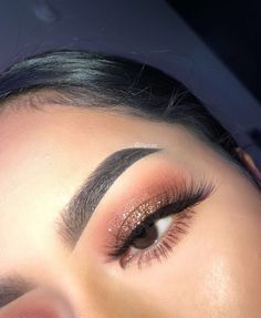ChristmasMakeupAndHair ChristmasMakeupAndHair The post ChristmasMakeupAndHair appeared first on Makeup Trends On World is part of Prom makeup looks - Glam Makeup, Formal Makeup, Glitter Eye Makeup, Cute Makeup, Pretty Makeup, Skin Makeup, Eyeshadow Makeup, Beauty Makeup, Drugstore Makeup