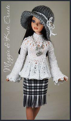 Barbie Knitting Patterns, Knitting Dolls Clothes, Crochet Dolls Free Patterns, Barbie Clothes Patterns, Crochet Barbie Clothes, Knitted Dolls, Knitting Designs, Clothing Patterns, Barbie Mode