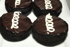 Homemade Hostess Cupcakes delicious