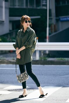 Fasion, Fashion Outfits, Japanese Style, Spring Summer Fashion, Bomber Jacket, My Favorite Things, My Style, Jackets, Shirts
