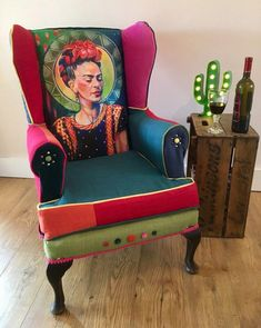 y Frida Kahlo Fine Art Boho Statement Arm Chair Painted Chairs, Hand Painted Furniture, Art Furniture, Furniture Makeover, Frida E Diego, Frida Art, Vintage Decor, Rustic Decor, Mexican Chairs