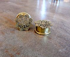 """Pair Antique Brass Plugs, Filigree Vintage Gauges, 2G 0G 00G 1/2"""" 9/16"""" 5/8"""", Body Jewelry Nickel Free by Purityjewel on Etsy https://www.etsy.com/listing/207087823/pair-antique-brass-plugs-filigree"""