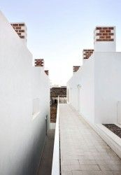 SOCIAL HOUSING IN SA POBLA by RIPOLLTIZON / ripolltizon arquitectos