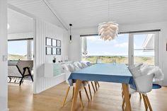 Miete Ferienhaus BL1705 in Kohlsvej 3B, Saltum Danish Interior Design, Dining Table, Furniture, Home Decor, Sunroom Playroom, Child Bed, Remodels, Cottage House, Decoration Home