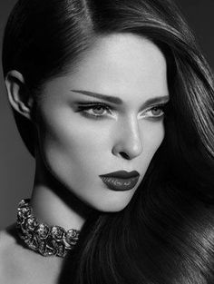 Coco Rocha - gorgeous make-up! Tom Ford Beauty, Beauty Make-up, Fashion Beauty, Beauty Hacks, Hair Beauty, Coco Fashion, Glamour Beauty, Daily Fashion, Trendy Fashion