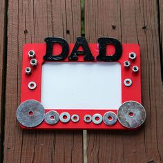 Vatertagsgeschenke basteln mit Kindern jedes Alters - 17 tolle Ideen Father's Day gifts are made with children of all ages - 17 great ideas Cheap Fathers Day Gifts, Fathers Day Frames, Fathers Day Art, Easy Fathers Day Craft, Diy Father's Day Gifts, Father's Day Diy, Mothers Day Crafts, Happy Fathers Day, Craft Gifts