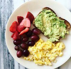 ☼ вαвү, ι cσυℓ ∂ вυιℓ ∂ α cαsтℓε συт σғ αℓℓ тнε вяιcкs тнεү тняεω αт мε. Quick Healthy Breakfast, Healthy Meal Prep, Healthy Snacks, Breakfast Recipes, Healthy Eating, Healthy Recipes, Breakfast Ideas, Diet Recipes, Health Breakfast