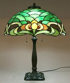 Details about Duffner & Kimberly Owl Leaded Stained Glass Lamp Antique Light Fixtures, Antique Lamps, Antique Lighting, Vintage Lamps, Stained Glass Lamps, Stained Glass Projects, Stained Glass Patterns, Leaded Glass, Window Glass