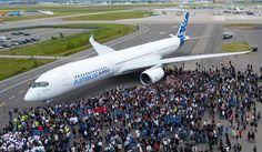 Airbus: l'A350 fait sa première sortie, en toute discrétion | Actualités entreprise Toulouse et Midi Pyrénées : Objectif News. Informations économie, business, politique et innovation