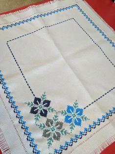 Cross Stitch Heart, Cross Stitch Cards, Cross Stitch Borders, Simple Cross Stitch, Cross Stitch Flowers, Cross Stitch Designs, Embroidery Flowers Pattern, Hand Embroidery Stitches, Crewel Embroidery