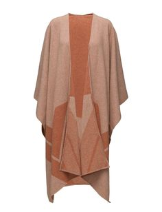 Suee (Mecca) - DAY BIRGER ET MIKKELSEN Draped styling Open front Pointed hemline Waterfall neckline Made from wool. Wool creates a breathable and insulating fabric that will keep you warm on cool days. Knitwear Fashion, Mecca, Hemline, Kimono Top, Cool Stuff, Day, Fabric, Waterfall, Clothes