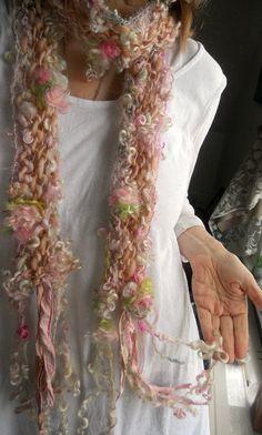 Tricoter écharpe handknit doux artyarn  Dame des par beautifulplace