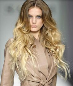 Love!  but I feel like the ombre just looks better on curly hair!